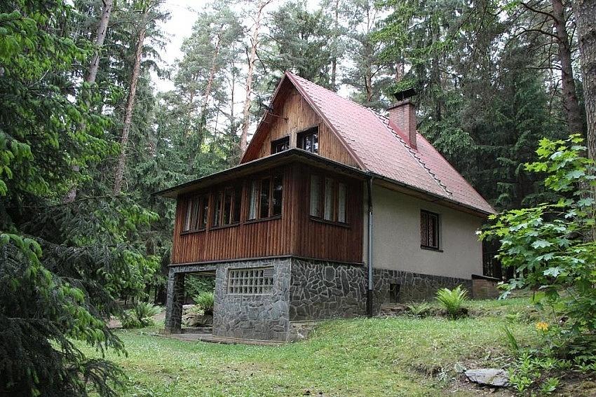 Mnichovice - Srbín - chata k pronájmu