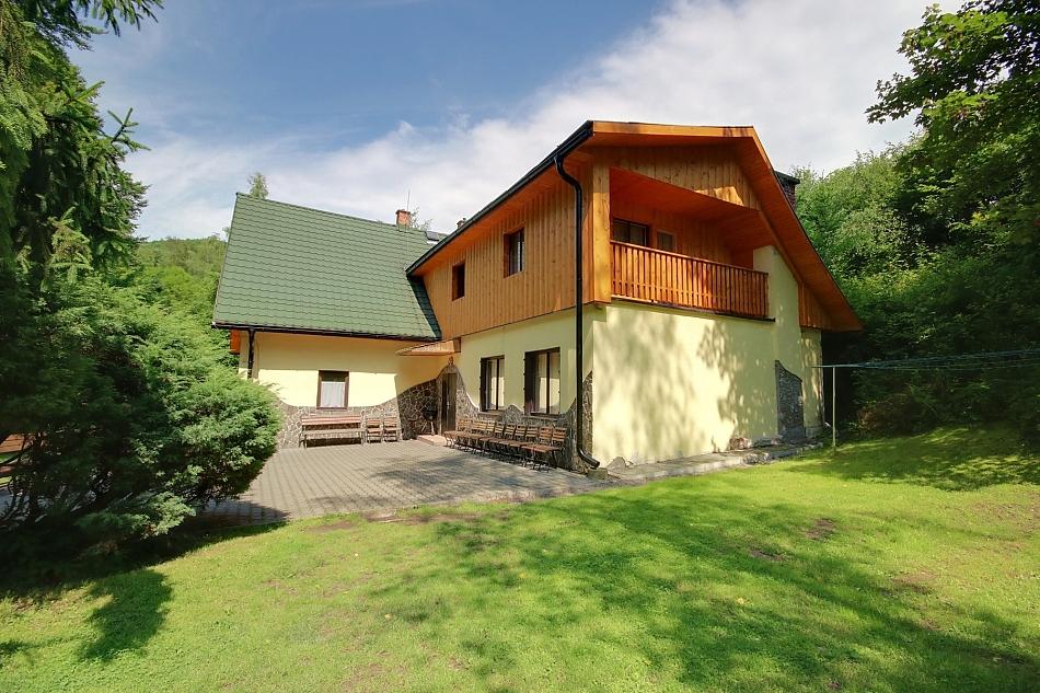 Nová Baňa - Bukovina - chata nasilvestra k pronájmu