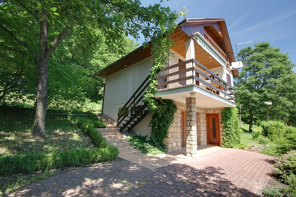 Dunaj - Kamenica n. Hronom - chata k pronájmu