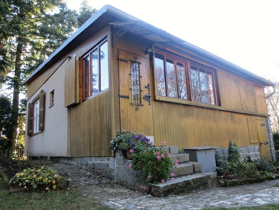 Kamenný Přívoz - Sázava - chata nasilvestra k pronájmu