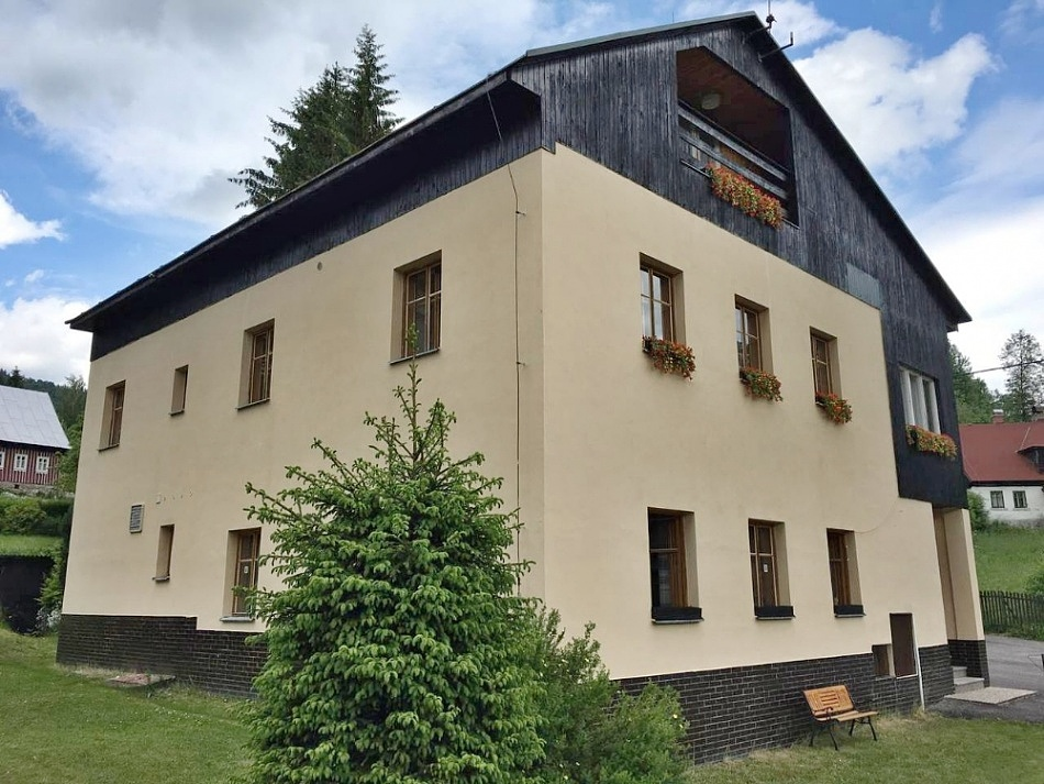 Karlov - horská chata k pronájmu