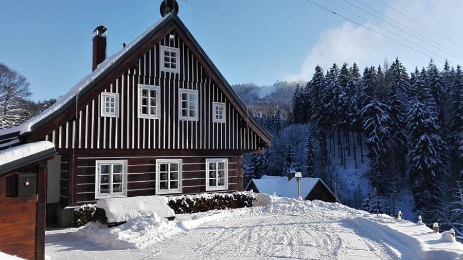 Liberec - Žďár - chalupa nasilvestra k pronájmu