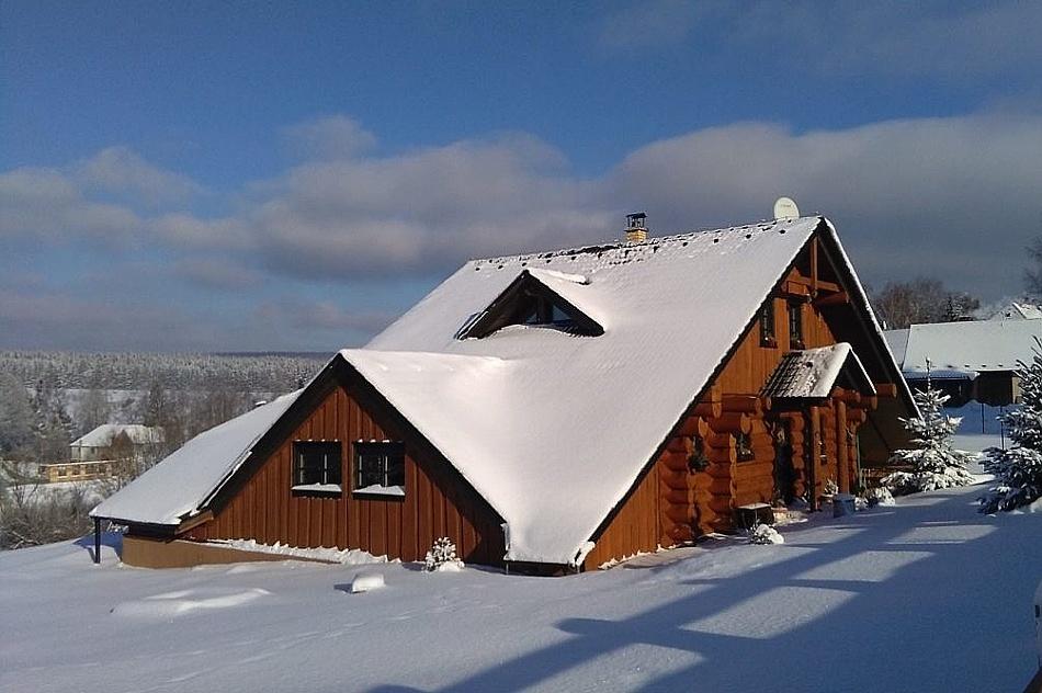 Desná - Sněžník - wellness chata nasilvestra k pronájmu
